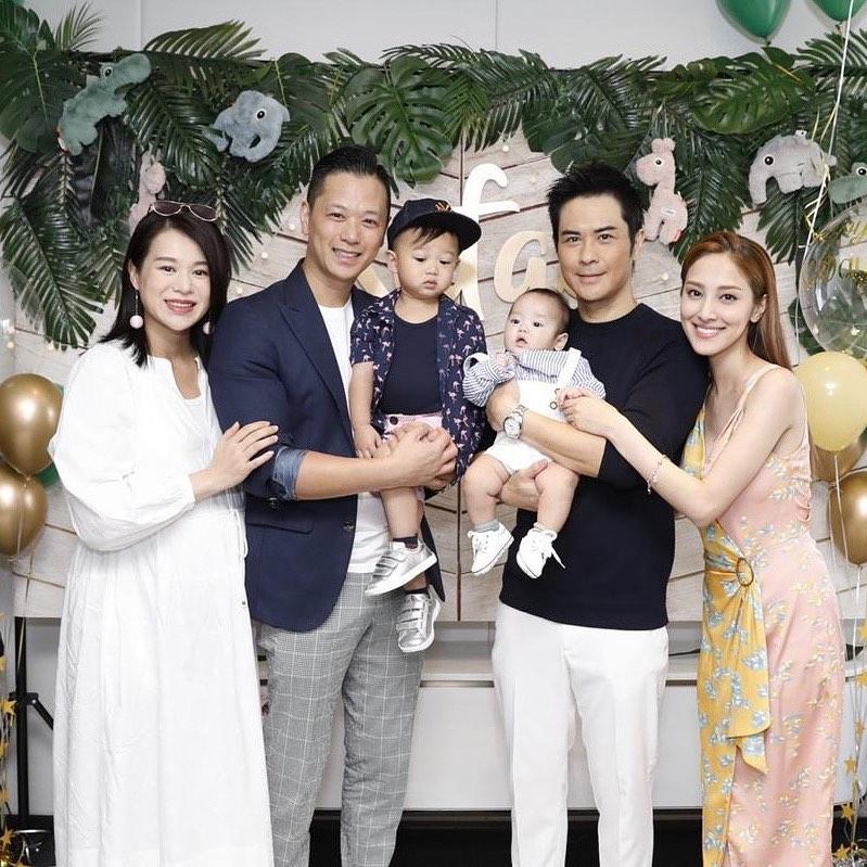鄭嘉穎和陳凱琳為兒子舉行百日宴,胡杏兒與老公及兒子一同出席。 胡杏兒IG圖片