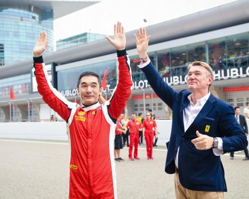 方中信參加法拉利亞太挑戰賽  與車手同場競逐