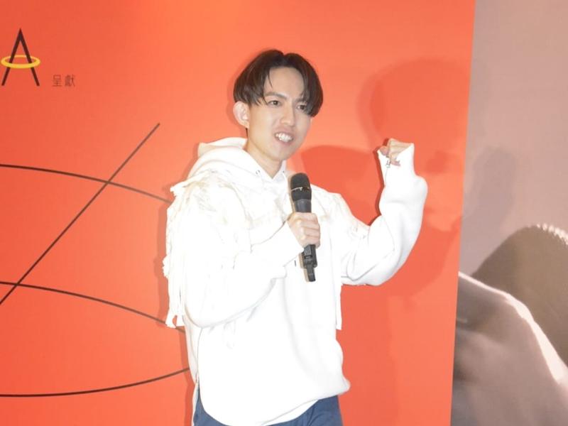 林宥嘉表示希望觀眾感受原裝版本的演唱會,如有機會再來港開騷會多準備幾首廣東歌。