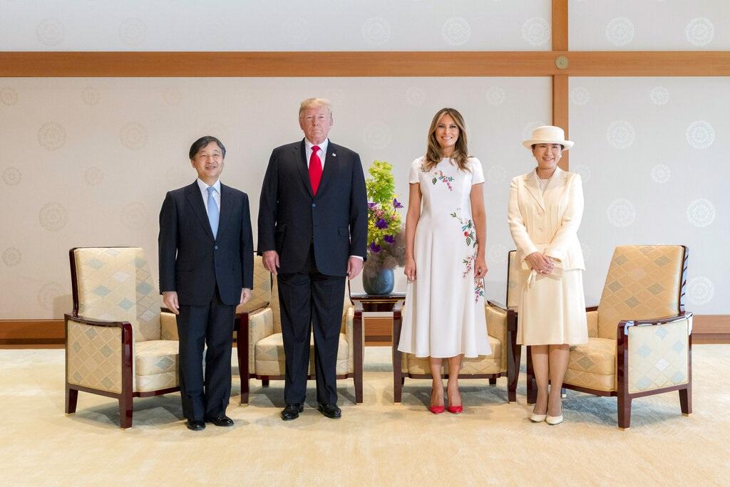 特朗普與夫人見日皇德仁伉儷。AP圖片