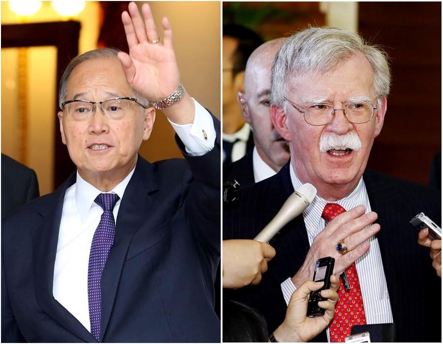 台灣的國安會秘書長李大維(左)與美國國安顧問博爾頓會晤。網上圖片