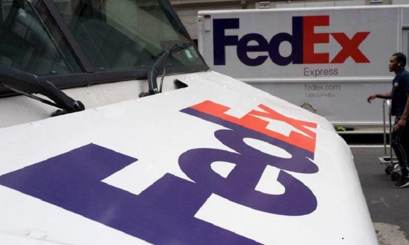 外交部促美國聯邦快遞公司交代華為包裹被轉寄事件。AP圖片