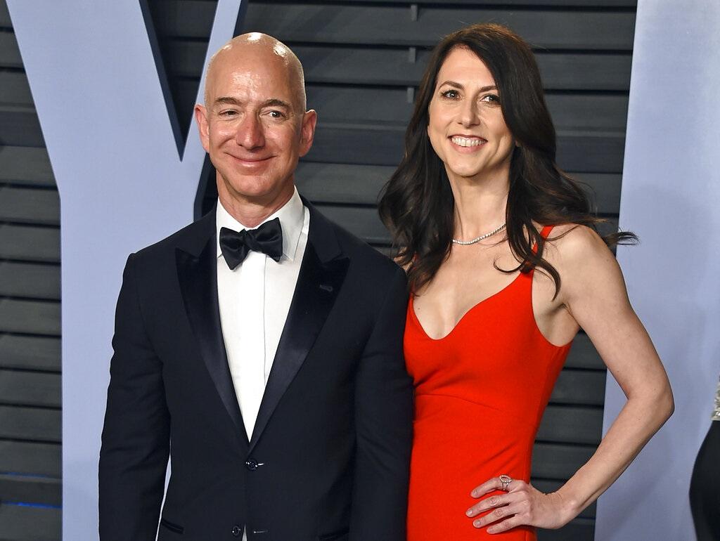 亚马逊集团创办人贝索斯与前妻麦肯齐。图片