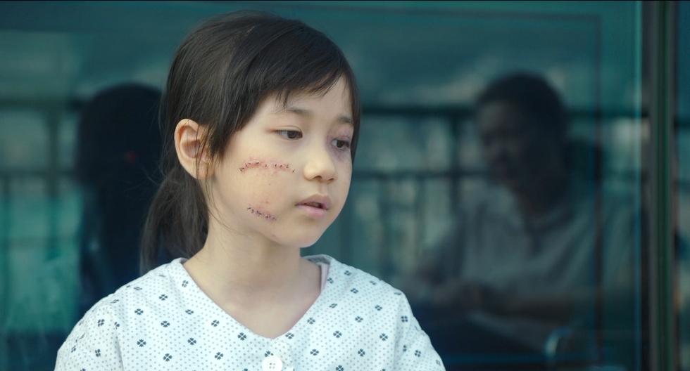 根据真人真事改编的南韩电影《素媛》剧照。