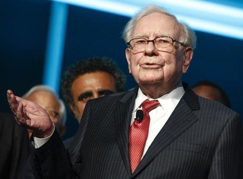 巴菲特慈善午餐拍卖叫价已突破350万美元。