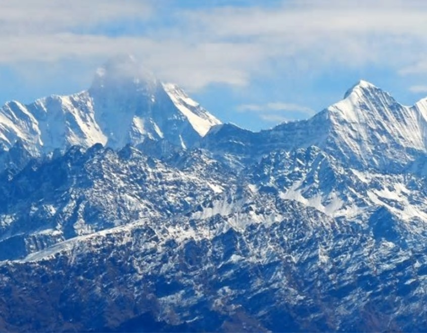 喜马拉雅山山脉楠达德维山东峰。网图
