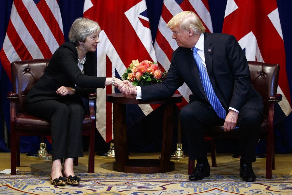 英国首相文翠珊与美国总统特朗普。资料图片