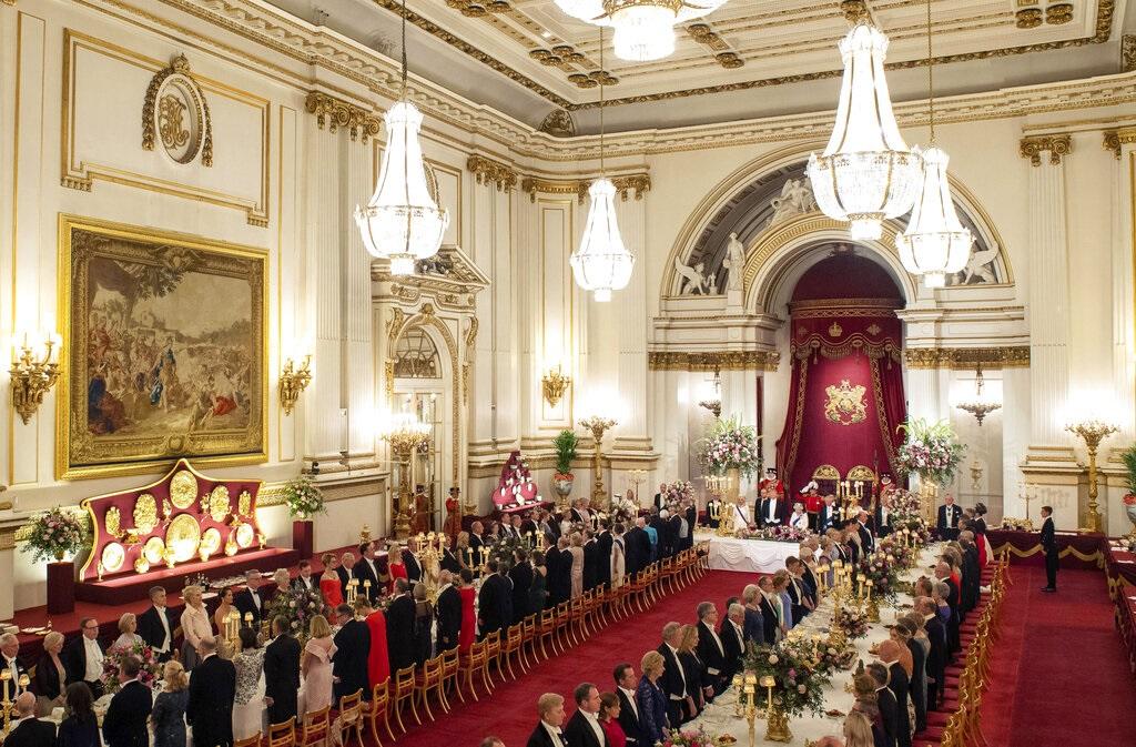 英女皇设宴款待特朗普。