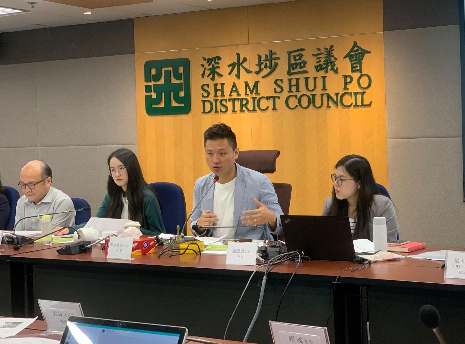 立法会议员、深水埗区议会交通事务委员会主席郑泳舜。