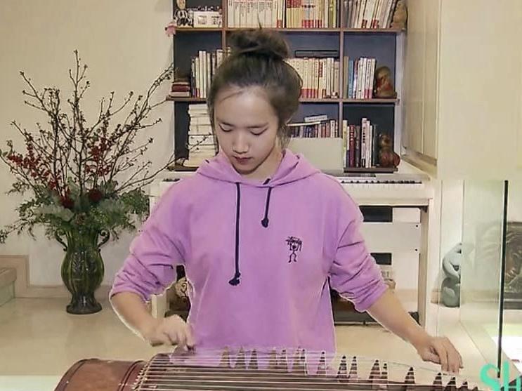 駱達華的女兒Natalie在上海居住。