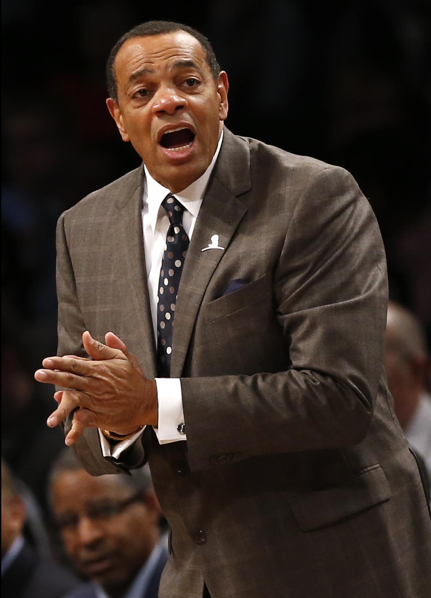 賀連斯曾任灰熊及籃網主帥。AP