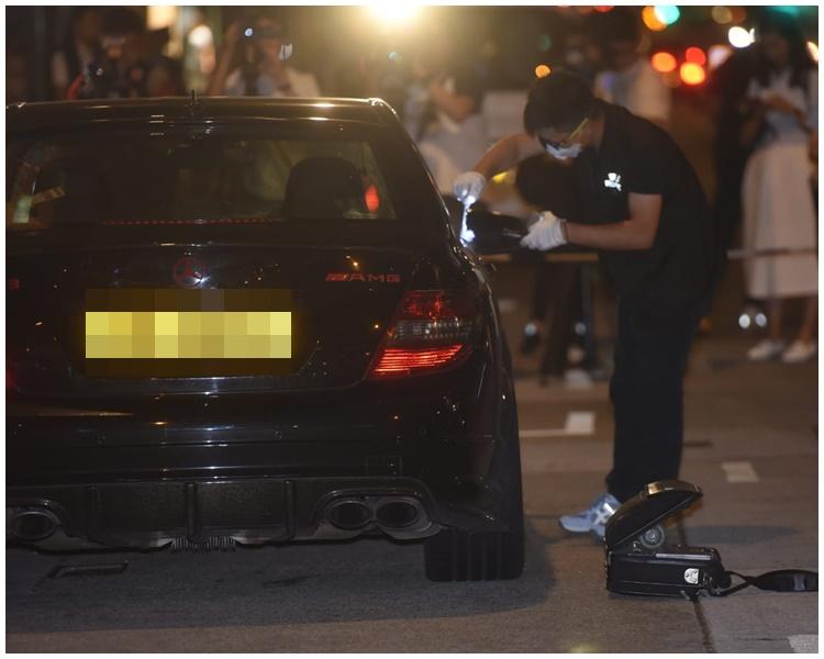 警方正对涉案车辆搜证。