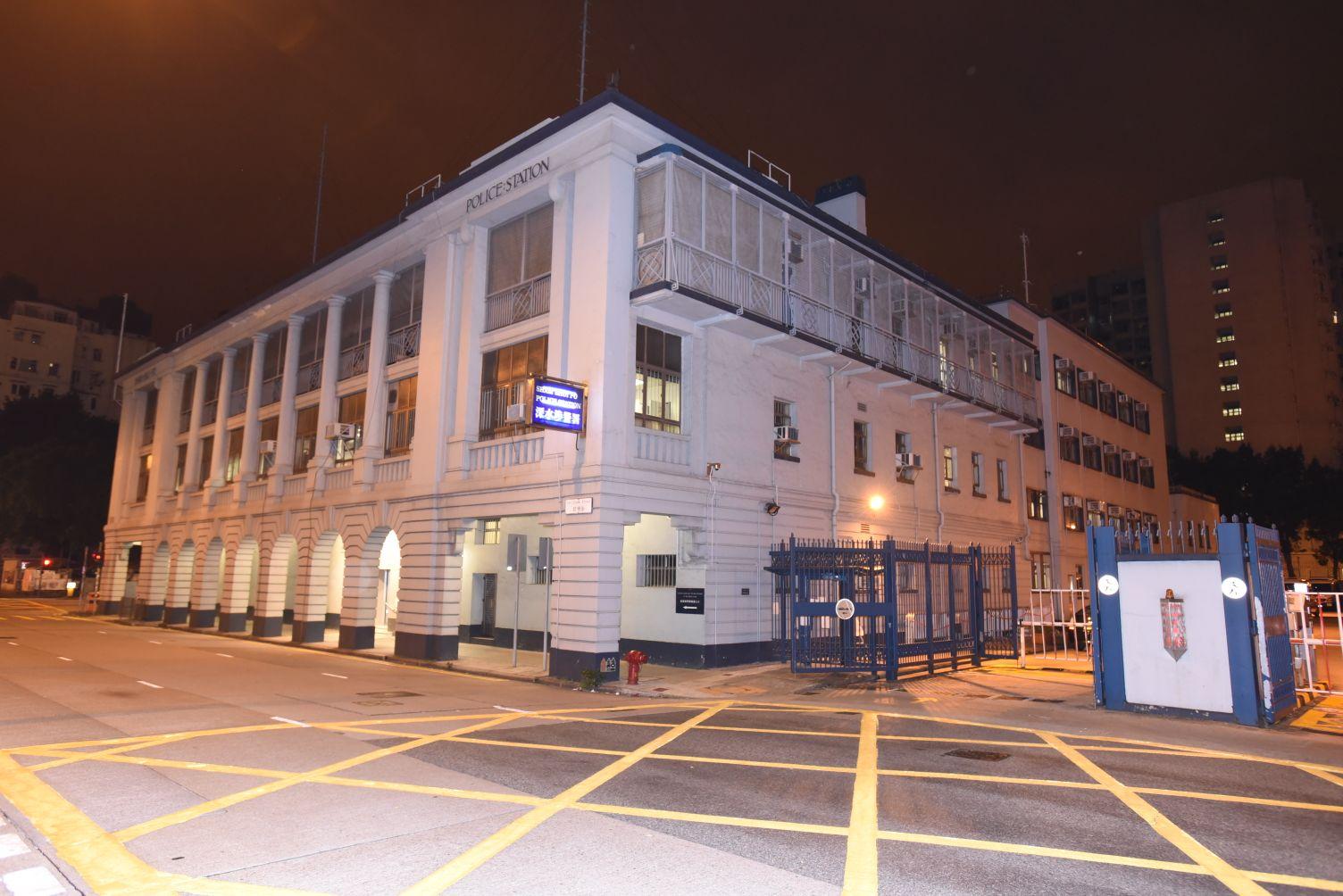 案件交由深水埗警區刑事調查隊第五隊跟進。
