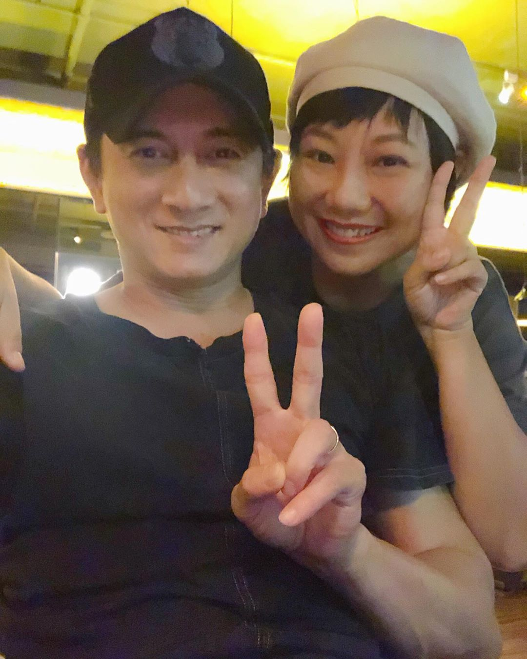 DJ Vani在社交平台上載與吳奇隆飯敍的合照。