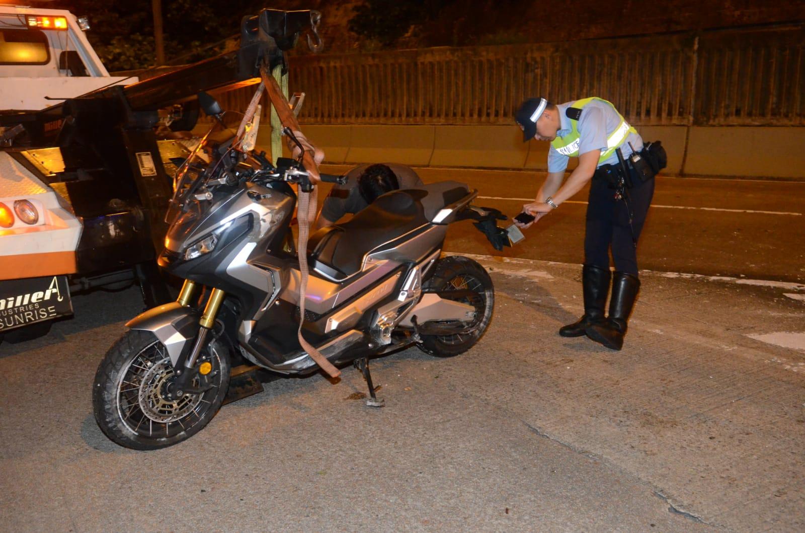 肇事電單車為本田adv750。