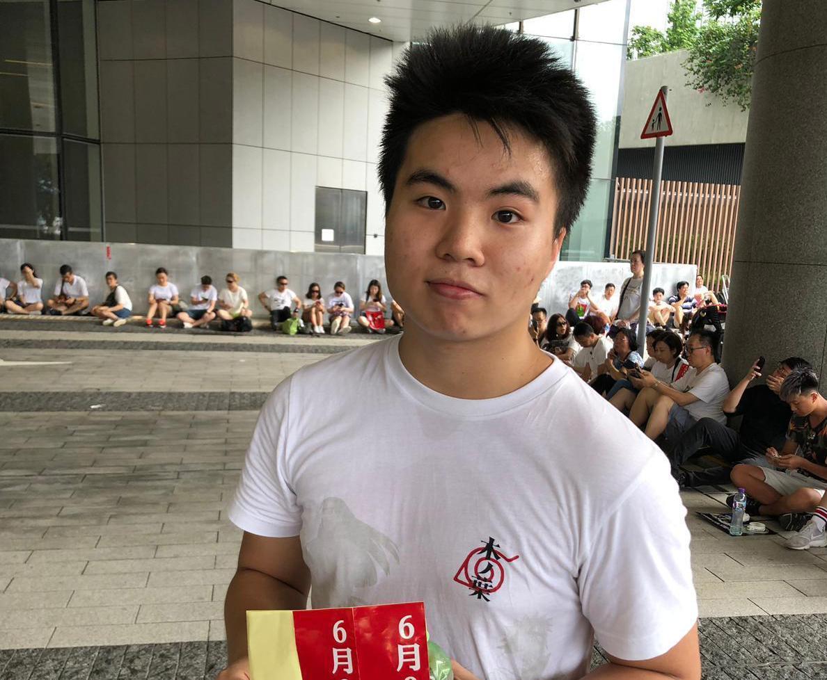 李同學認為修訂《逃犯條例》威脅到香港人的自身安全。