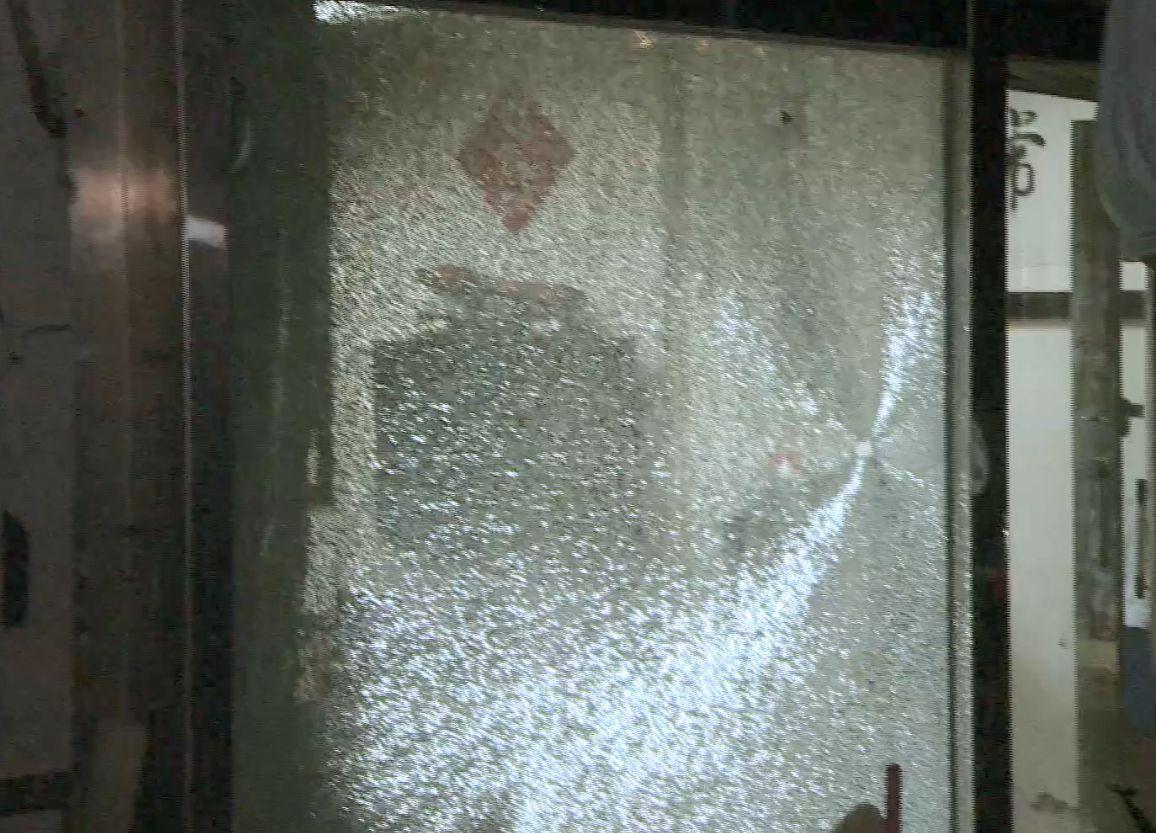 卡拉OK爭執釀血案 台槍手掃開13槍釀3傷