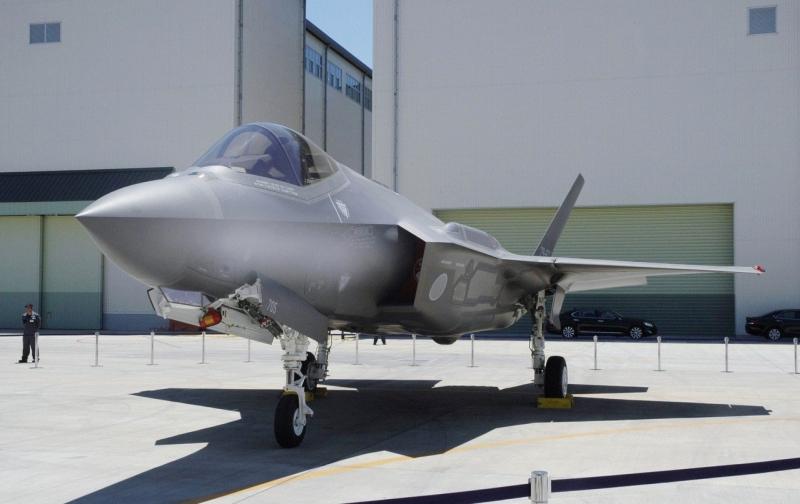 日本早前发生,F-35隐形战机坠毁堕海,当局调查后相信是人为因素导致。 AP