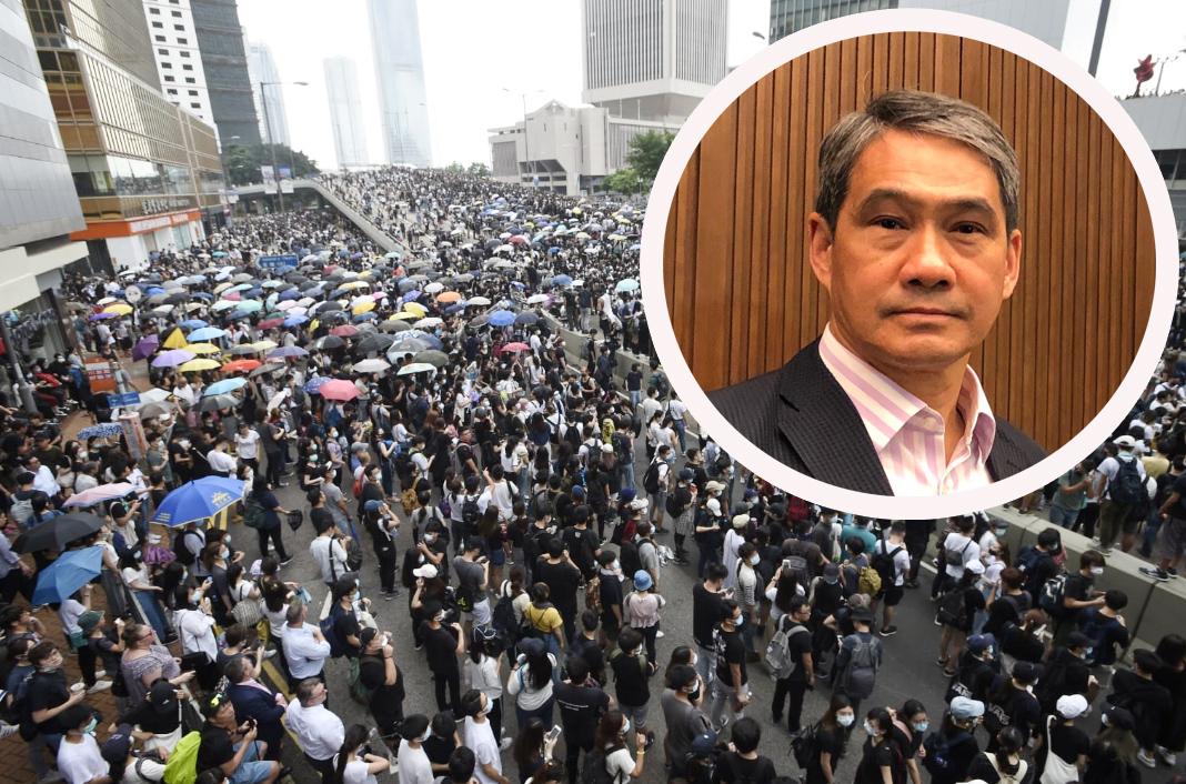 前警務處處長鄧竟成(小圖)擔心若情況再惡化,相信警方可能在合理合法情況下,採取他們需要的執法行動。