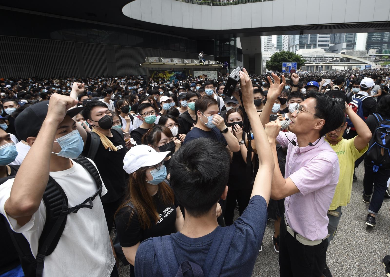 示威者留守現場。