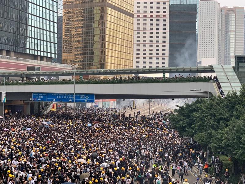 教協指社會氣氛正急劇惡化,宣布發動本周全港罷課。