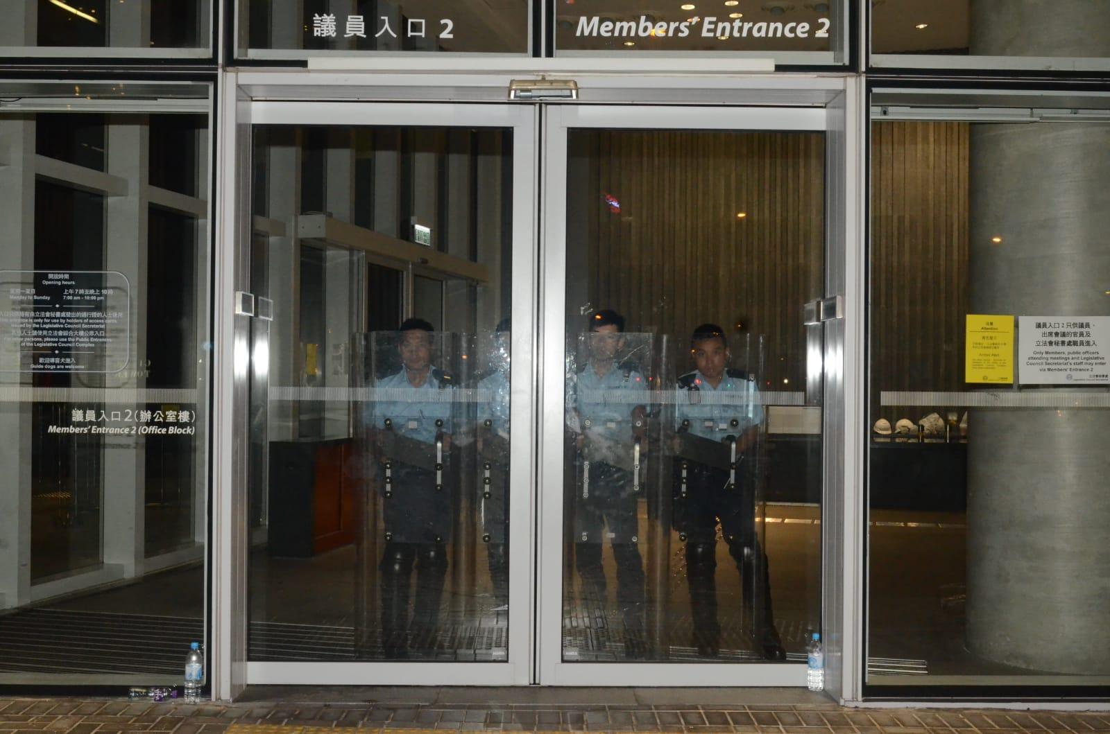 警員駐守立法會