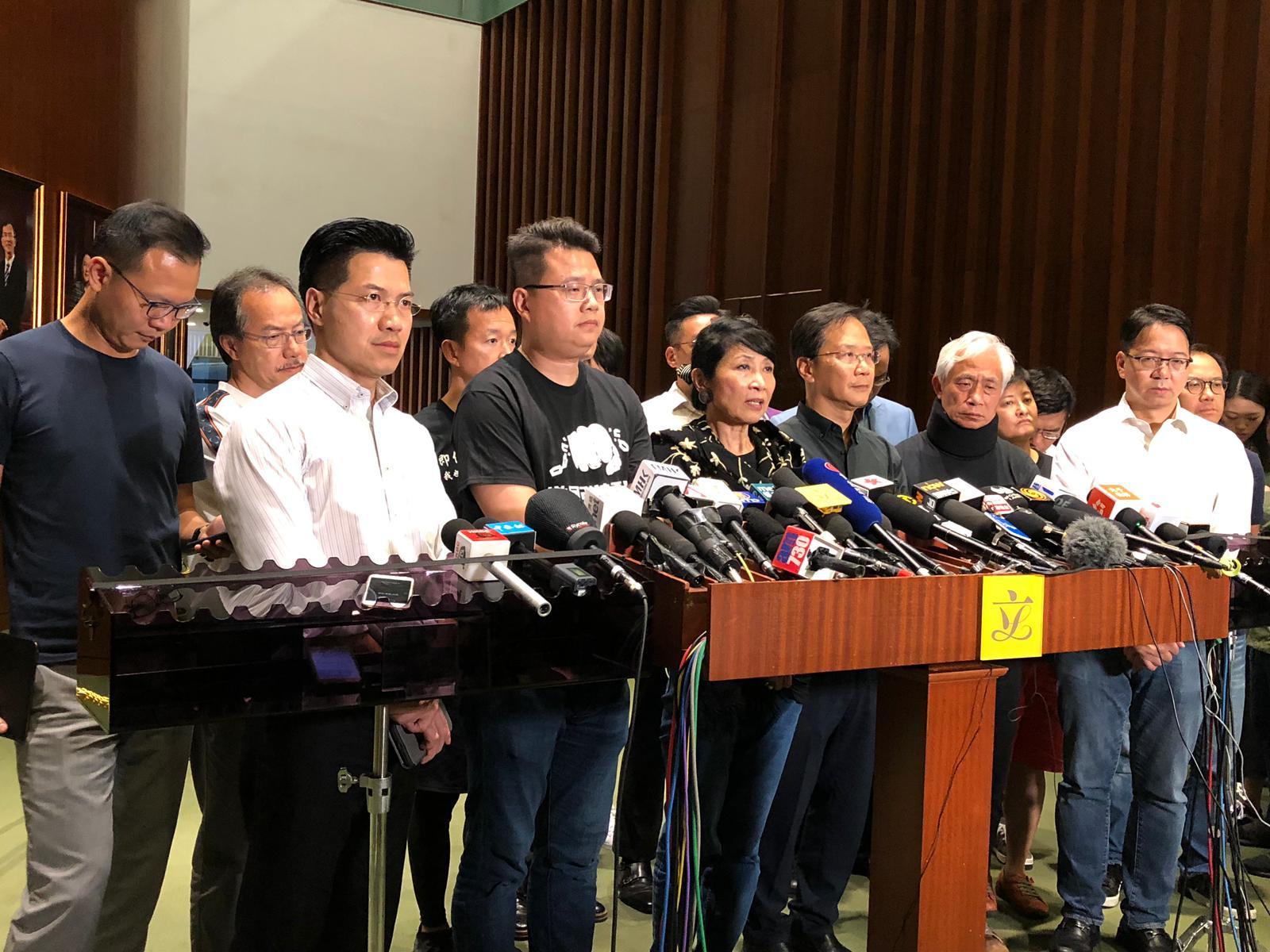 民主派召集人毛孟靜要求立法會停開所有涉及修例大會。