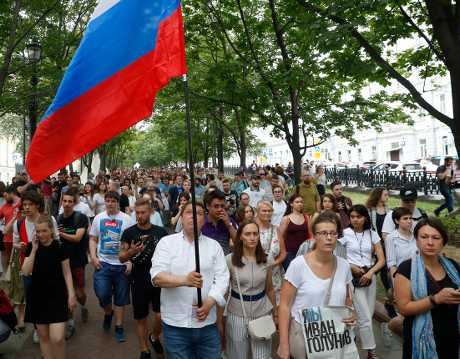 有獨立監督團體表示,超過400人在遊行中被拘留。AP