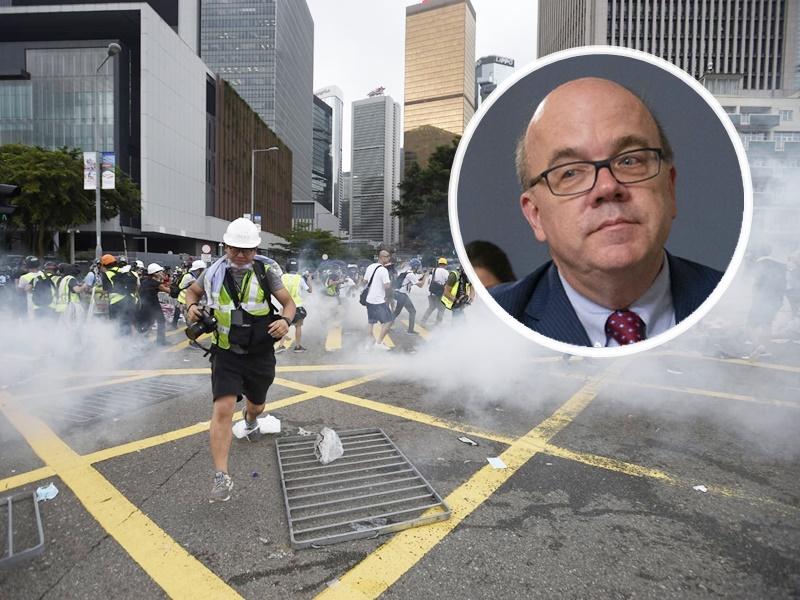 麥戈文(小圖)指本周將提出《香港人權與民主法案》。