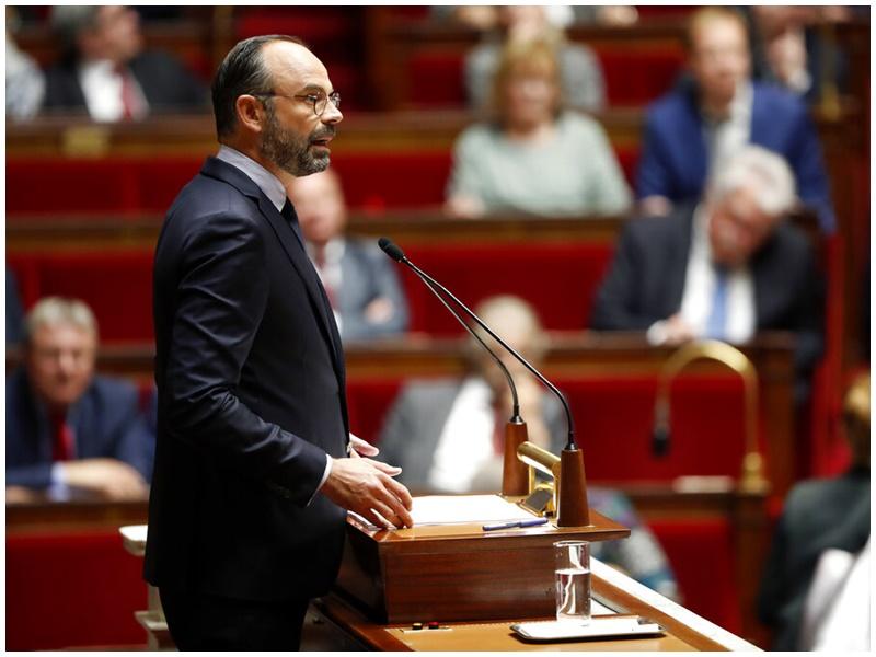 菲利普公布一系列經濟改革。AP