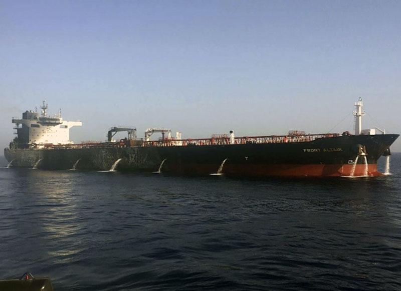 挪威Front Altair油轮6月13日所摄的资料图片。AP
