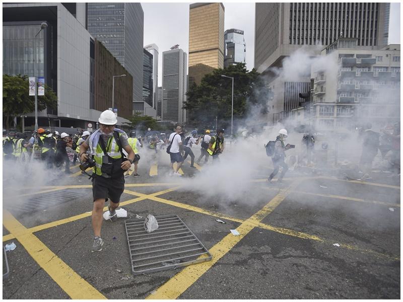 有衝突中受傷的示威者在醫院被捕。資料圖片