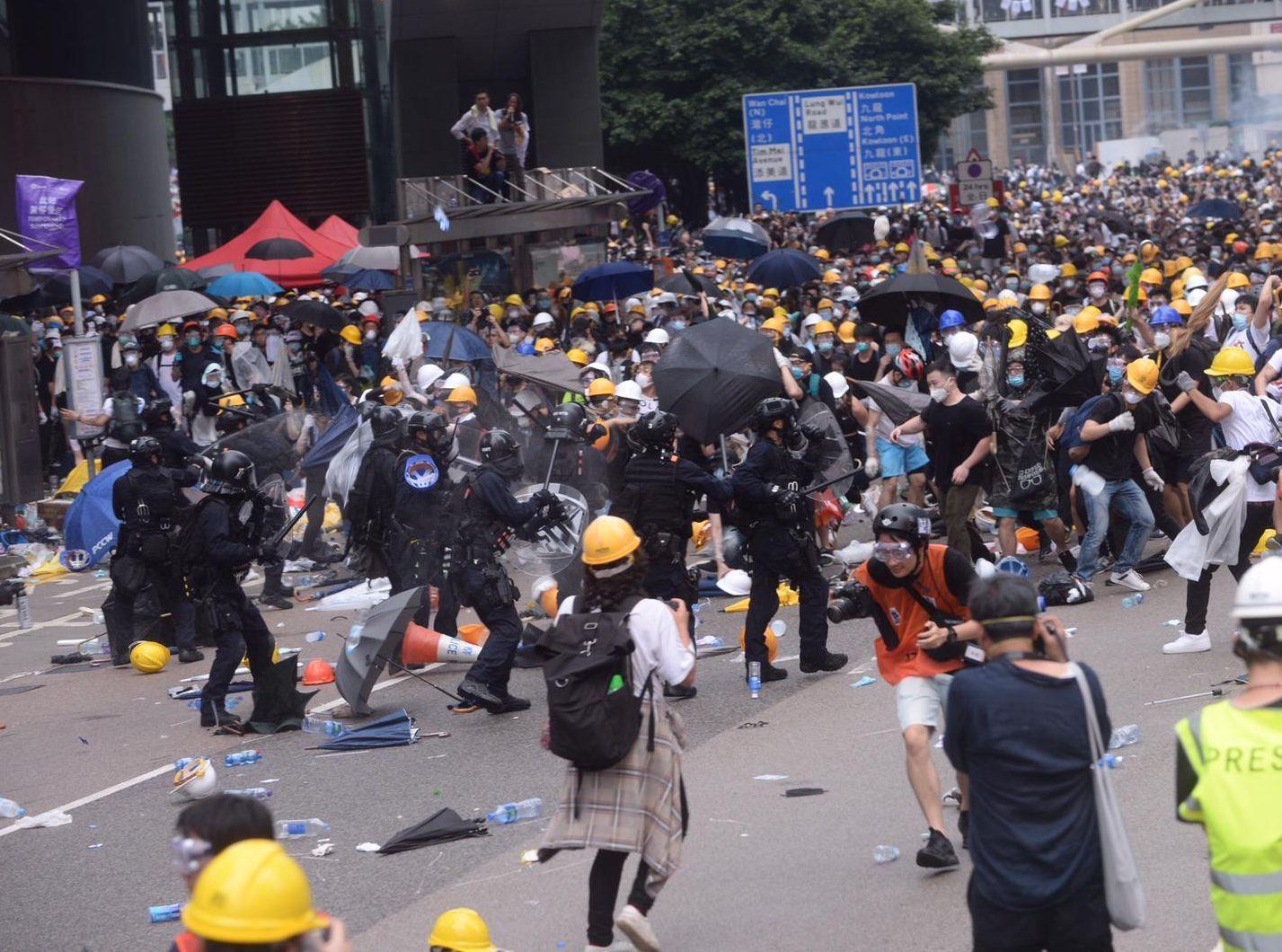 公民党促撤回对六一二事件定性为暴动的决定。资料图片