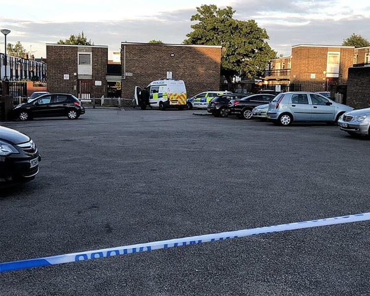 兩名青年相距10多分鐘在暴力事件中喪生。twitter