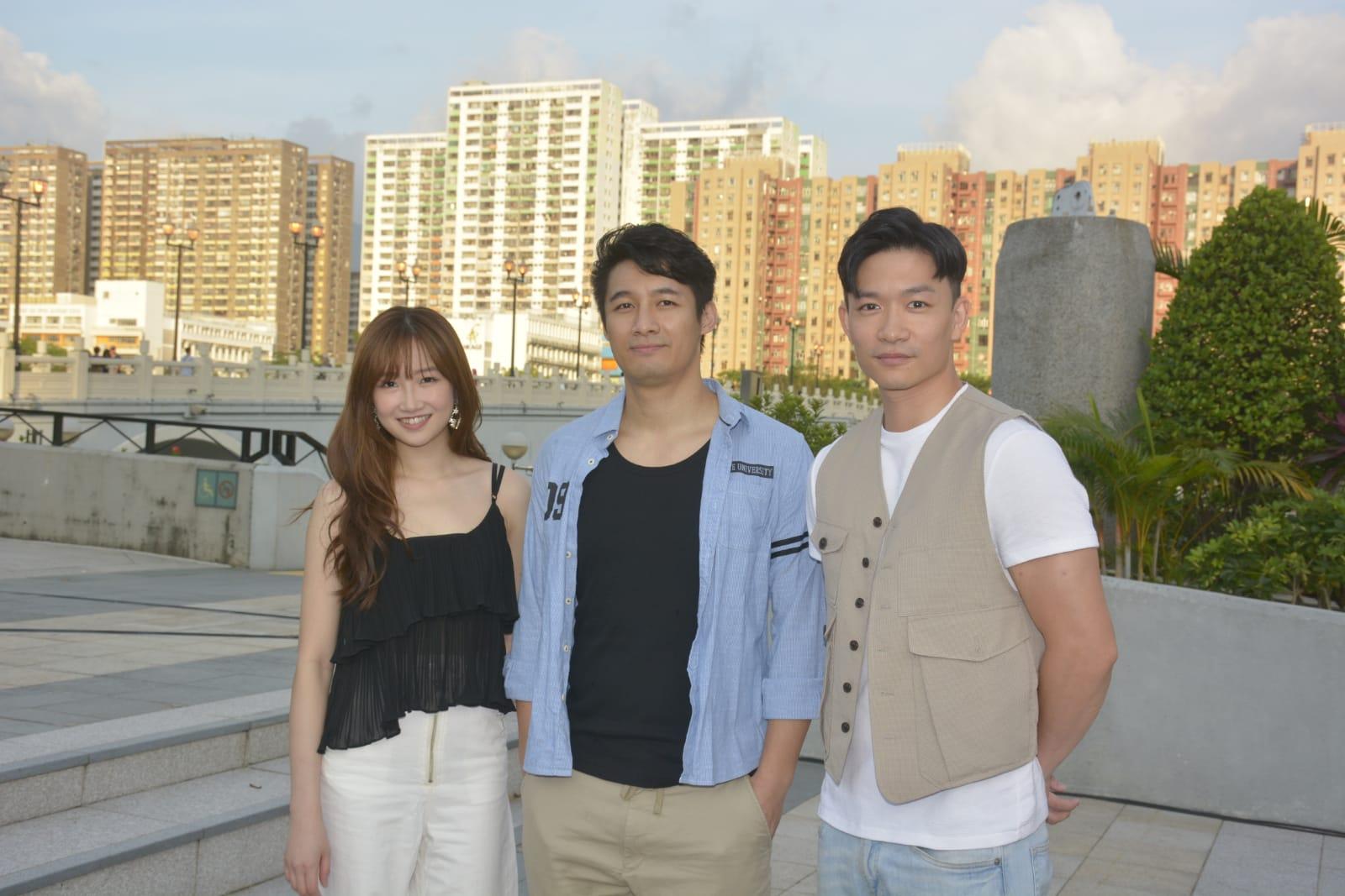 翟威廉、周志文、陳苑澄等「Happy Live」成員到沙田為慈善活動擔任表演嘉賓。