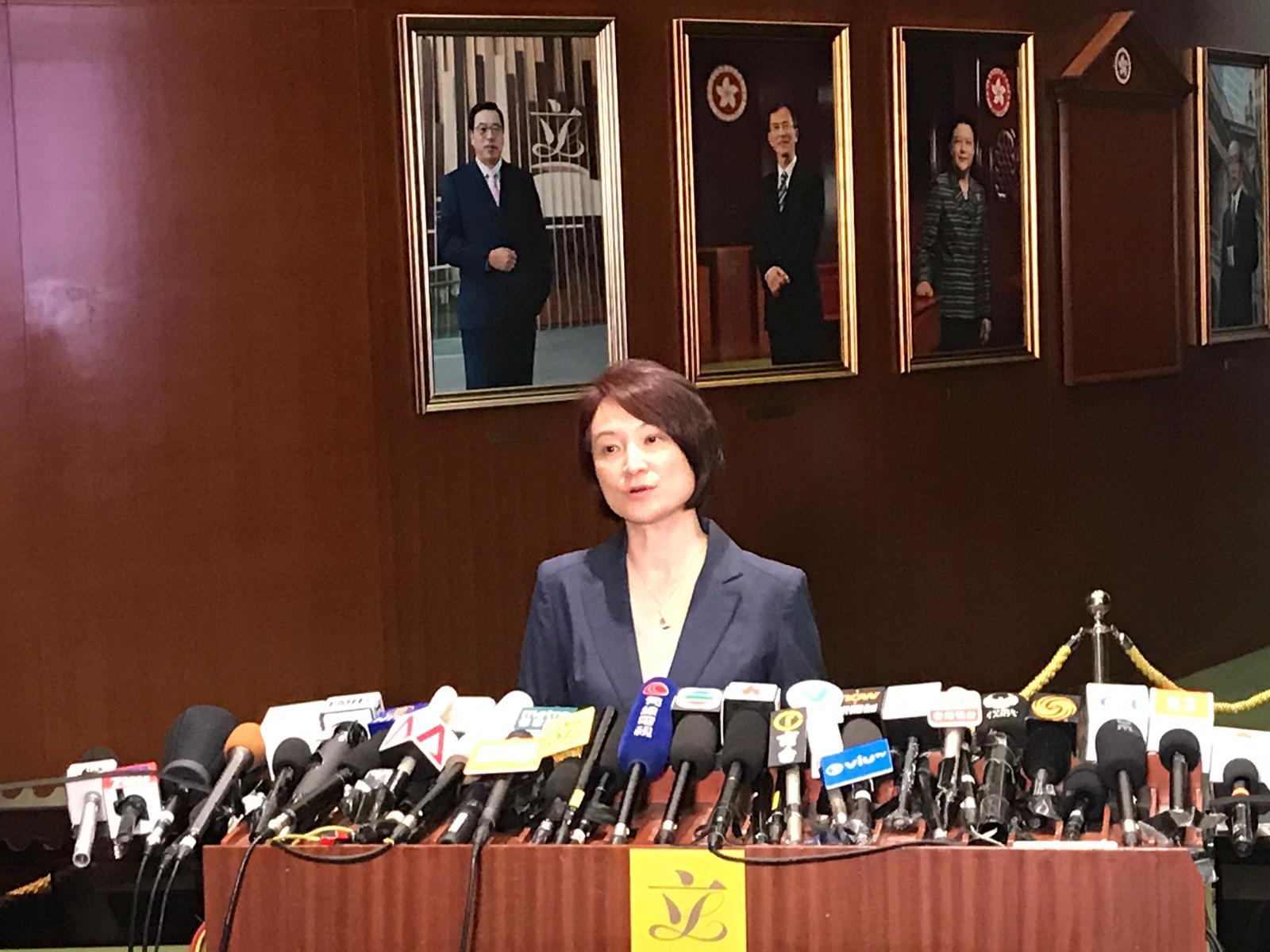 李慧琼表示,建制派不認同要林鄭月娥下台。