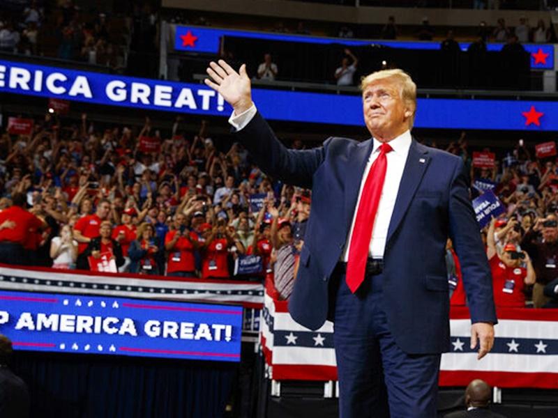 特朗普正式展開競選活動,爭取連任。AP