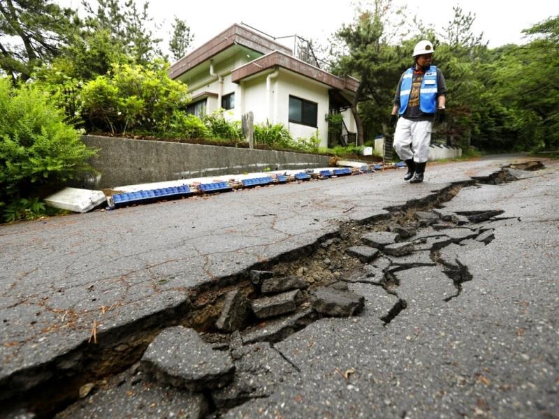 日本6.7級強烈地震,造成山形及新潟兩縣最少26人受傷。AP