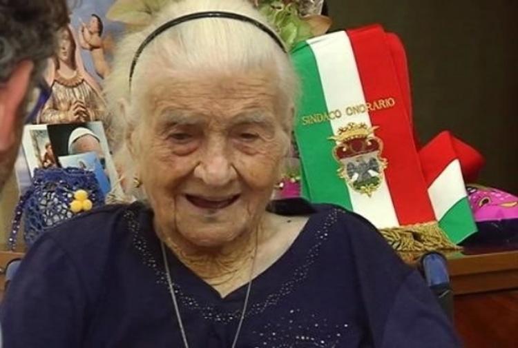 女人瑞羅布奇(Giuseppina Robucci)曾是歐洲最老的人。網上圖片