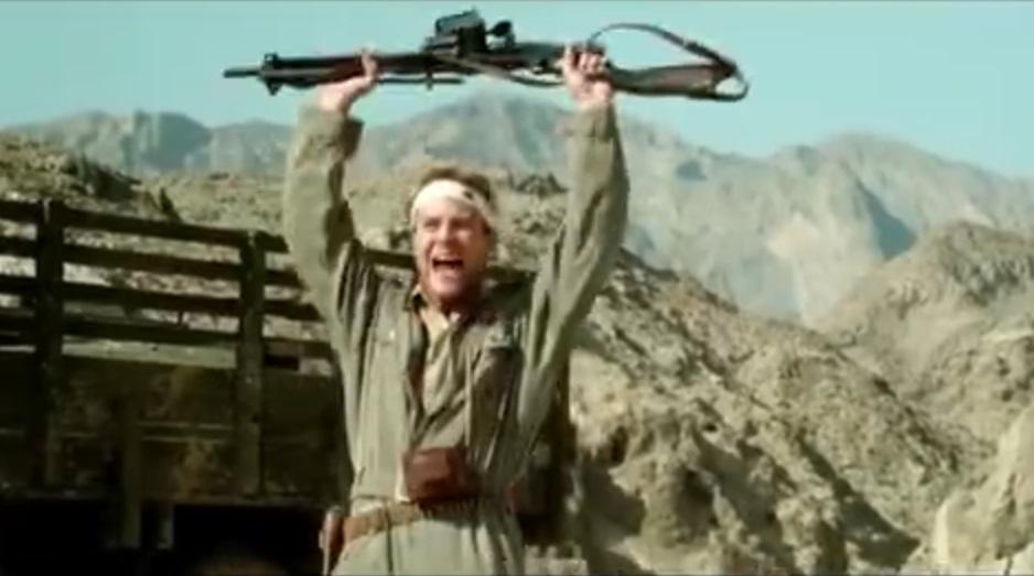 《黃河絕戀》是1999年上映的中國戰爭片。電影截圖