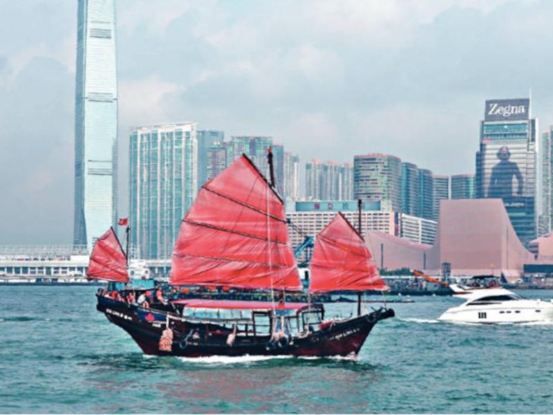 現有觀光船包含帆船外觀、美食及現場樂隊等賣點,業界認為水上的士難以匹敵。