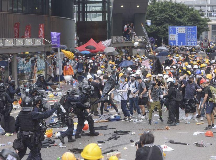 金鐘「6.12」的警民衝突造成多人受傷。資料圖片