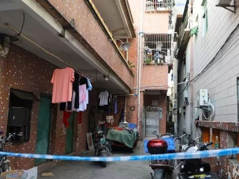深圳一名女子洗澡时疑触电身亡。
