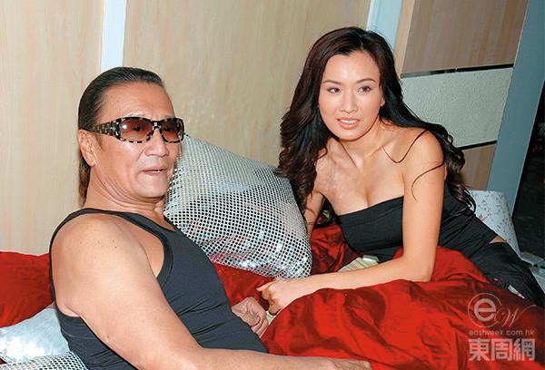 05年拍《情陷夜中環》,張文慈與謝賢有連場牀戲。(東周網圖片)