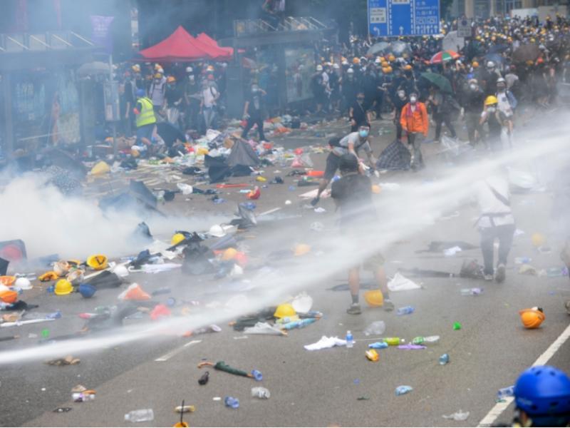 反修訂《逃犯條例》示威者與警方爆發大型衝突。資料圖片