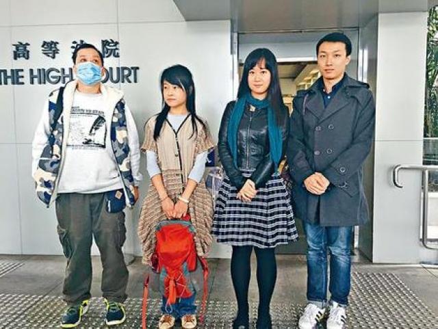 岑永根(左一)及陳倩瑩(右二)。資料圖片