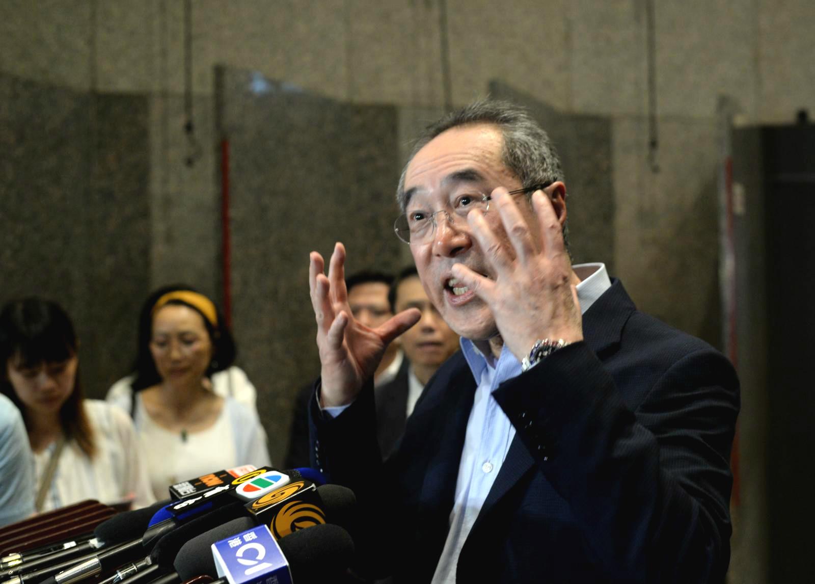 唐英年質疑示威者要求撤銷檢控已違反《基本法》。