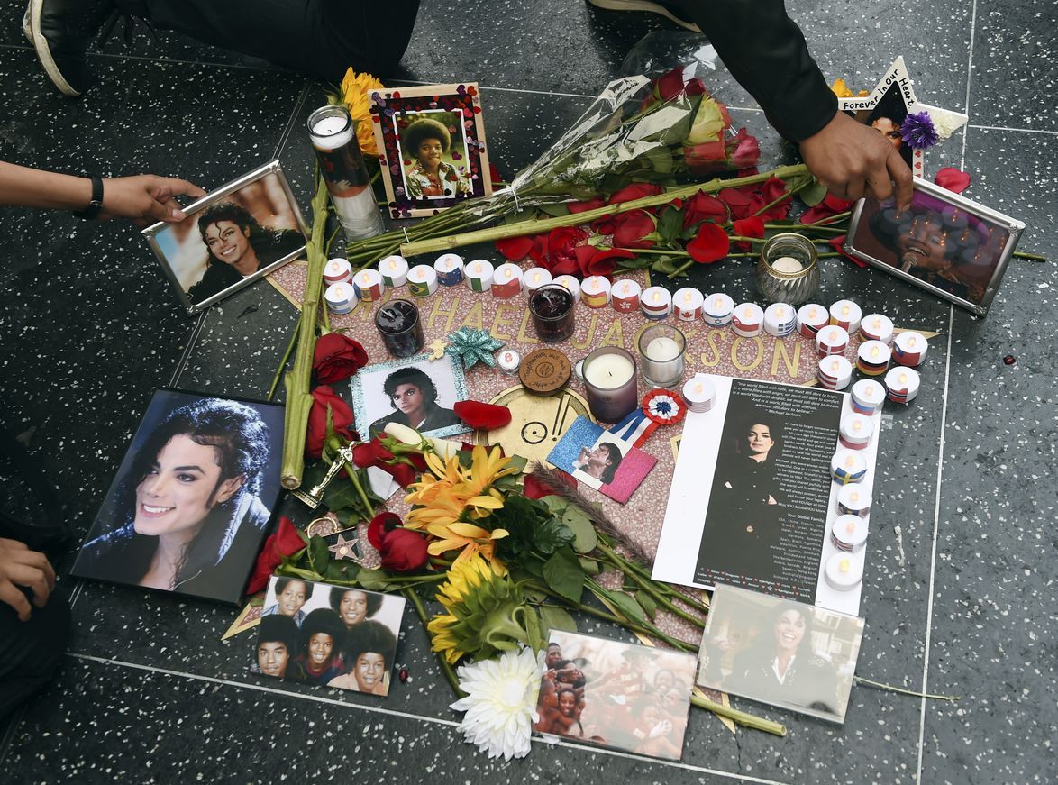 許多歌迷仍對他念念不忘。AP