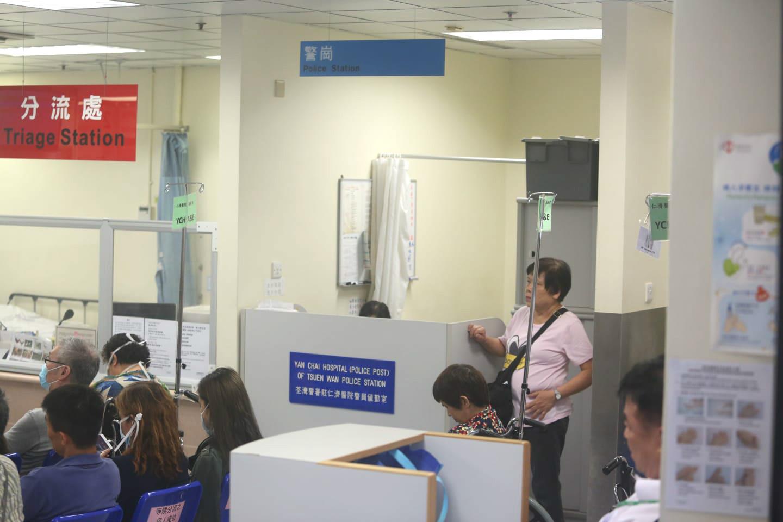 仁濟醫院警崗有警員當值。