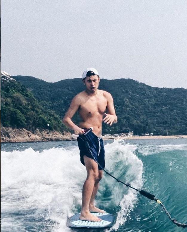 容祖兒同楊政龍喜愛滑雪滑水。網上圖片